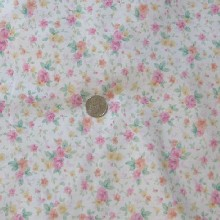 LOVELY PURE COTTON PREMIUM QUALITY ROSE  FLORAL TWILL FABRIC ~